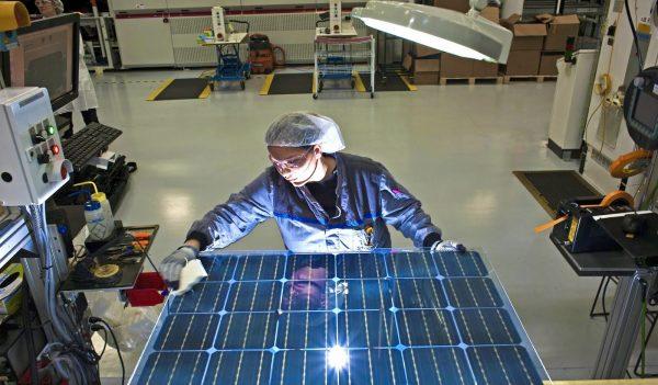 Fabricación Paneles Solares